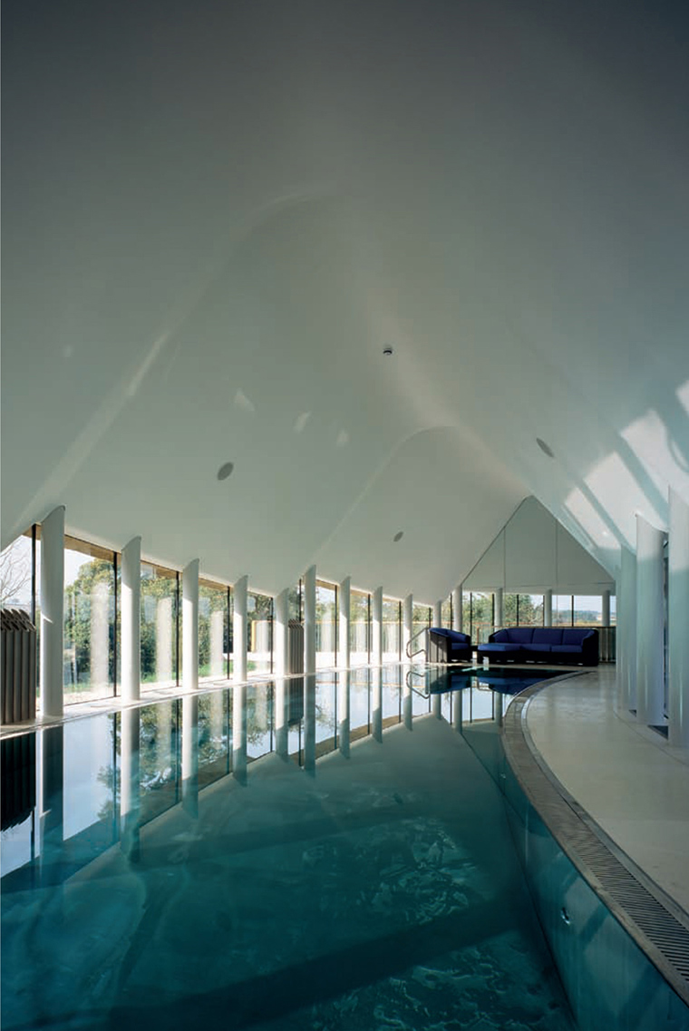 Pool House interior 04
